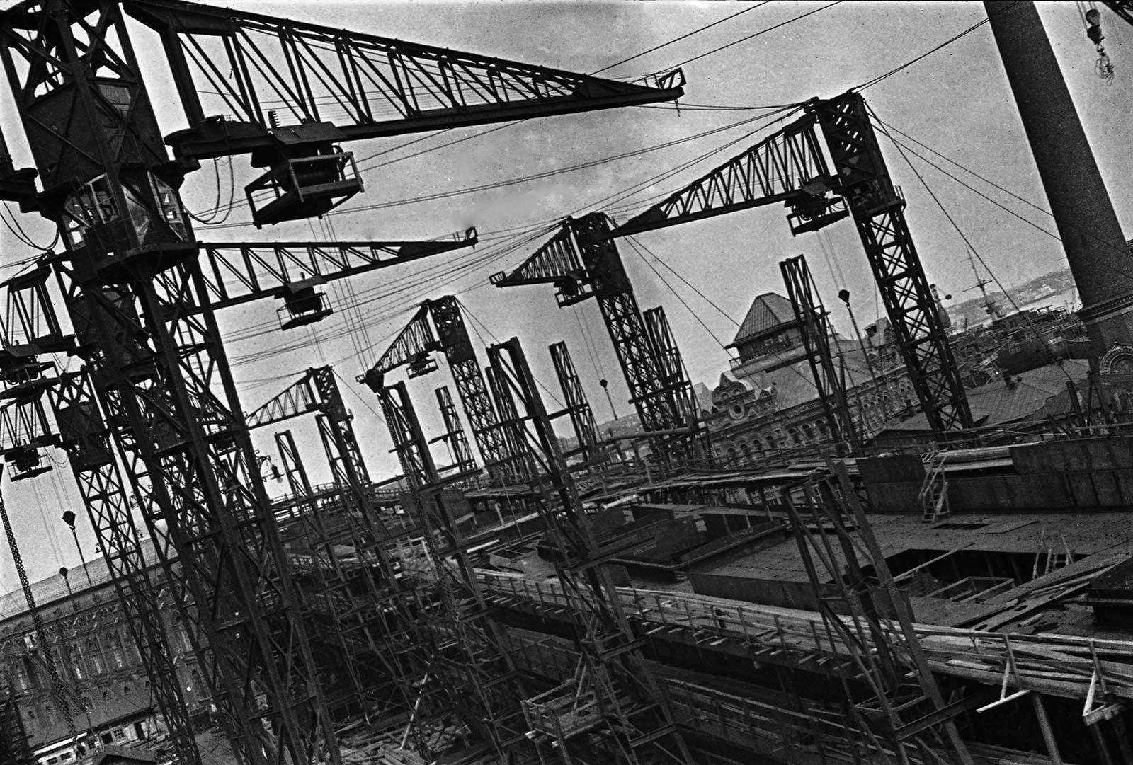 Leningrad_shipyard.jpg