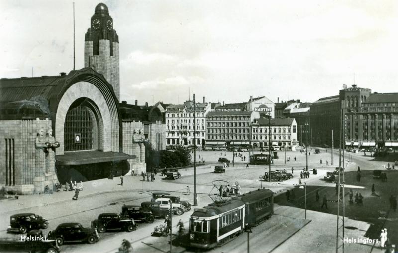 Helsinki_Centar_railway_station_1940s.jpg