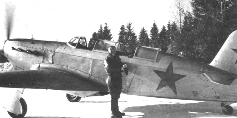 Yak-7UTI_Chteyre-min.jpg