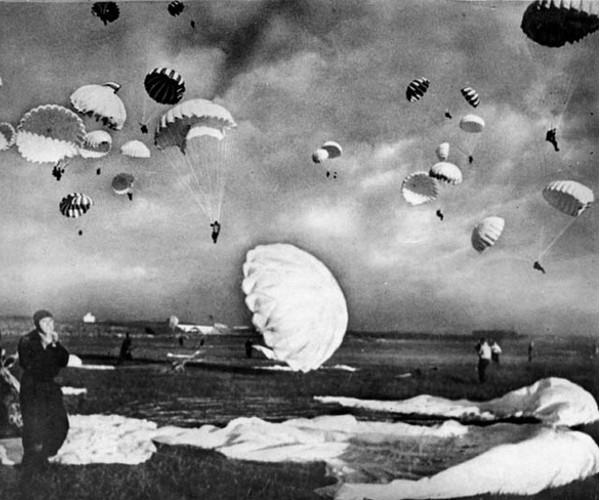 ParatroopersSlagelse-min.jpg
